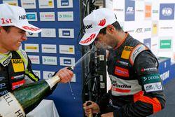 Podium de novatos: Lando Norris, Carlin Dallara F317 - Volkswagen and Jehan Daruvala, Carlin, Dallar