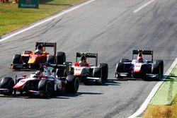 Роберт Вишую, Campos Racing, и Сантино Ферруччи, Trident