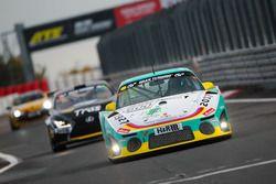 Eberhard Baunach, Wolfgang Kaufmann, Kenji Kobayashi, Kremer Racing, Porsche 997 K3