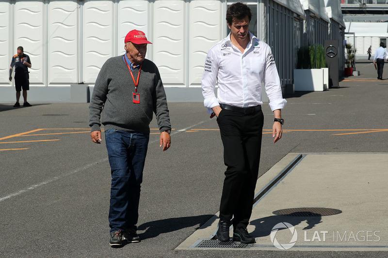 Niki Lauda, Presidente Non-Esecutivo Mercedes AMG F1 e Toto Wolff, Direttore del Motorsport Mercedes