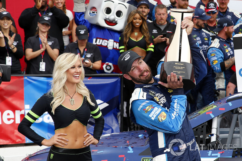 Charlotte (North Carolina): Martin Truex Jr. (Furniture-Row-Toyota)