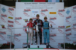Podio Rookie Gara 1: il primo classificato Leonardo Lorandi, Baithech, il secondo classificato Enzo