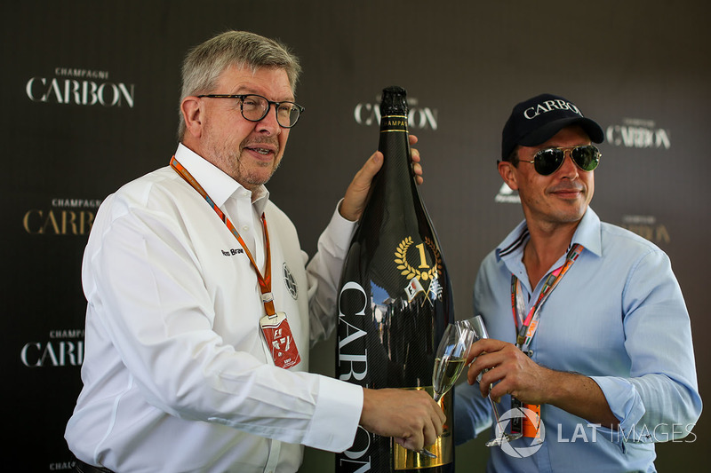 Ross Brawn, Formula One Managing Director de Motorsports y Alex Mea, Carbon Champagne