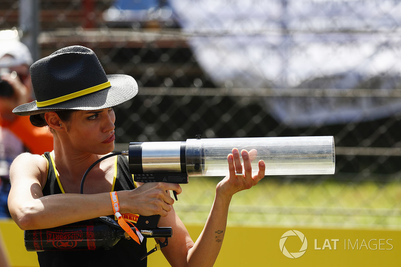 The Grid Girl Weapons Training Academy