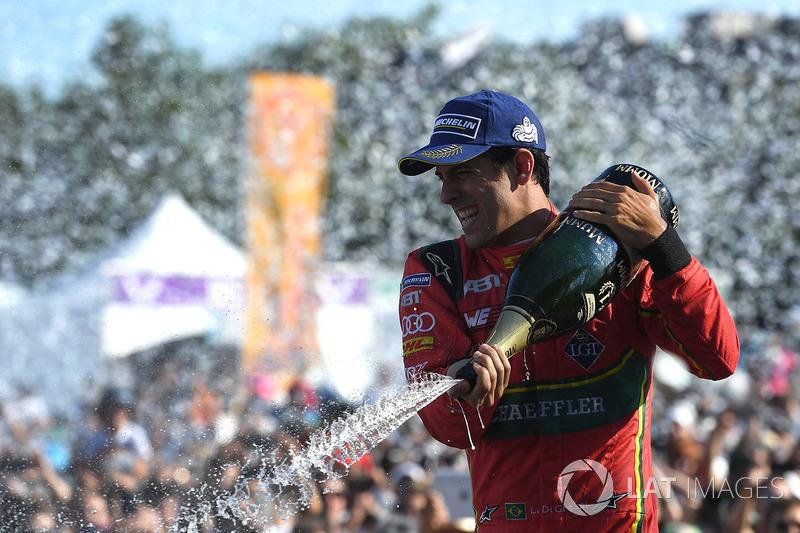 """№1. <img src=""""https://cdn-0.motorsport.com/static/img/cfp/0/0/0/0/30/s3/brazil-2.jpg"""" alt="""""""" width=""""20"""" height=""""12"""" />Лукас ди Грасси, Audi Sport ABT Schaeffler"""