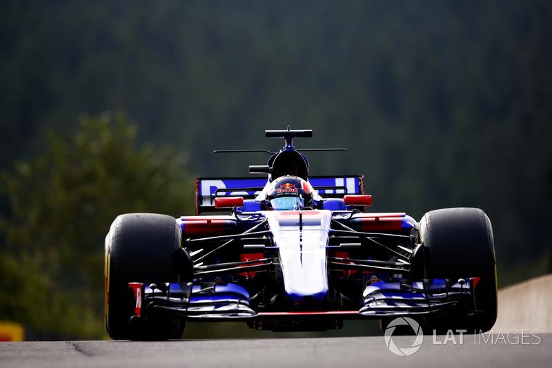 19. Daniil Kvyat, Scuderia Toro Rosso STR12