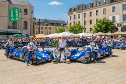 #35 Signatech Alpine A470 Gibson: Pierre Ragues, Andre Negrao, Nelson Panciatici, #36 Signatech Alpi