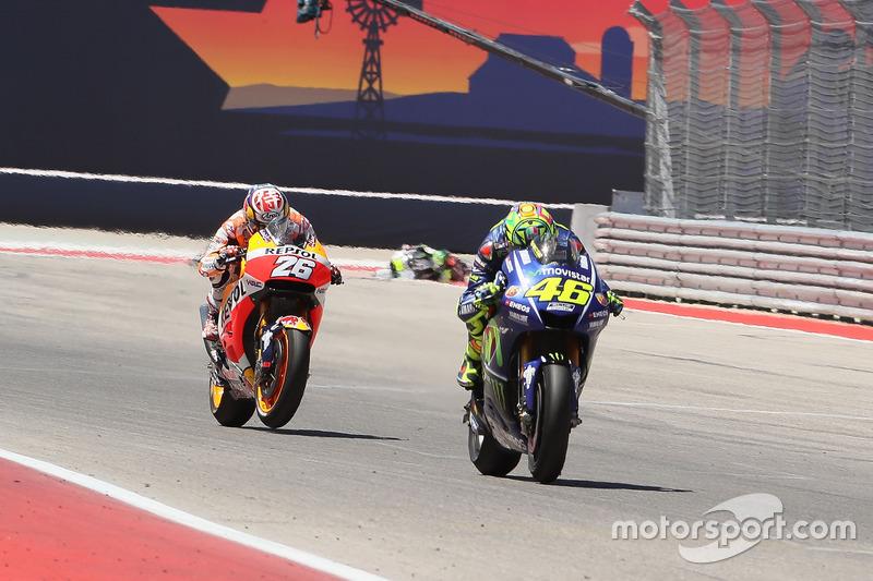 Demorou algumas voltas, mas Rossi conseguiu a ultrapassagem sobre Pedrosa e abriu, compensando os 0s3 acrescidos ao tempo de prova após o incidente com Zarco.