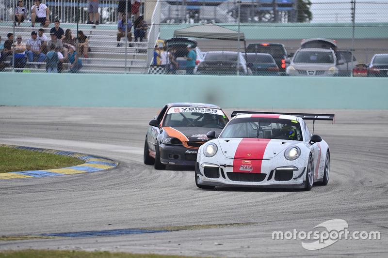 #88 MP2A Porsche GT Cup driven by Carlos Crespo & Beto Monteiro of BRT, #33 MP4A Honda Civic driven by Felipe Jaramillo of Honda 33 Racing