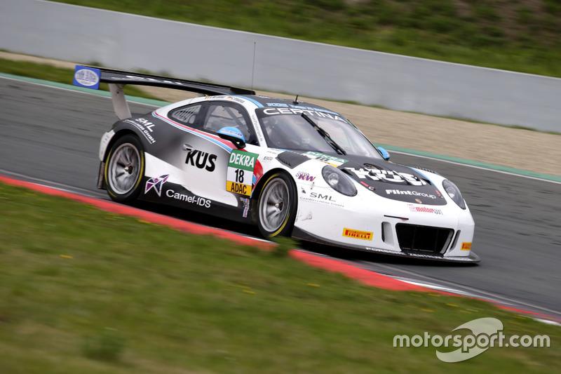 #18 KÜS TEAM75 Bernhard, Porsche 911 GT3 R