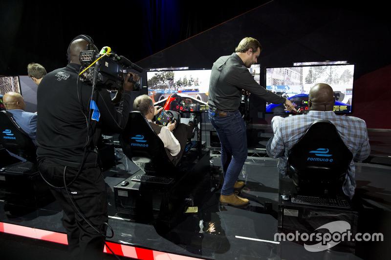 Charles Barkley, Antonio Felix da Costa, Amlin Andretti Formula E Team, Ernie Johnson Jr, Jack Nicholls y Shaquille O'Neal