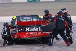 Ben Rhodes, ThorSport Racing Toyota pit stop