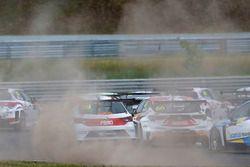 Данни Крус, Ferry Monster Autosport, SEAT León TCR, и Грегуар Демустье, DG Sport Compétition, Opel A