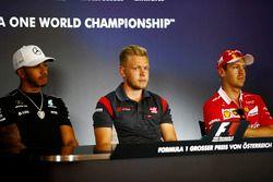 Lewis Hamilton, Mercedes AMG F1, Romain Grosjean, Haas F1 Team ve Sebastian Vettel, Ferrari
