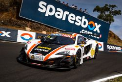 #1 Tekno Autosports / McLaren GT, McLaren 650s GT3: Alvaro Parente, Rob Bell, Côme Ledogar