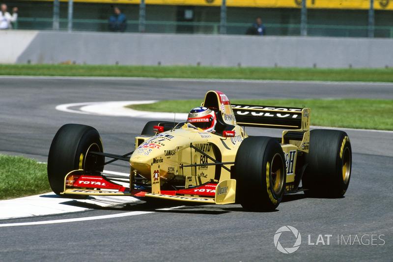 1996: Jordan, 8º no campeonato (14 pts)