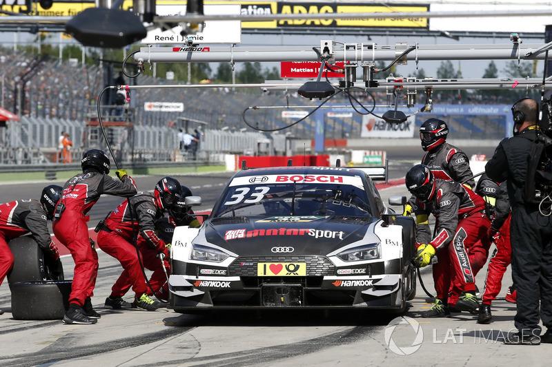Arrêt au stand pour René Rast, Audi Sport Team Rosberg, Audi RS 5 DTM