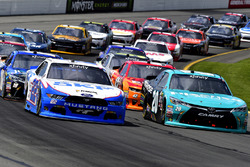 Brad Keselowski, Team Penske Ford and Kyle Benjamin, Joe Gibbs Racing Toyota
