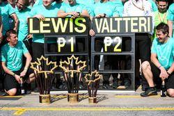 Pokale: Mercedes AMG F1