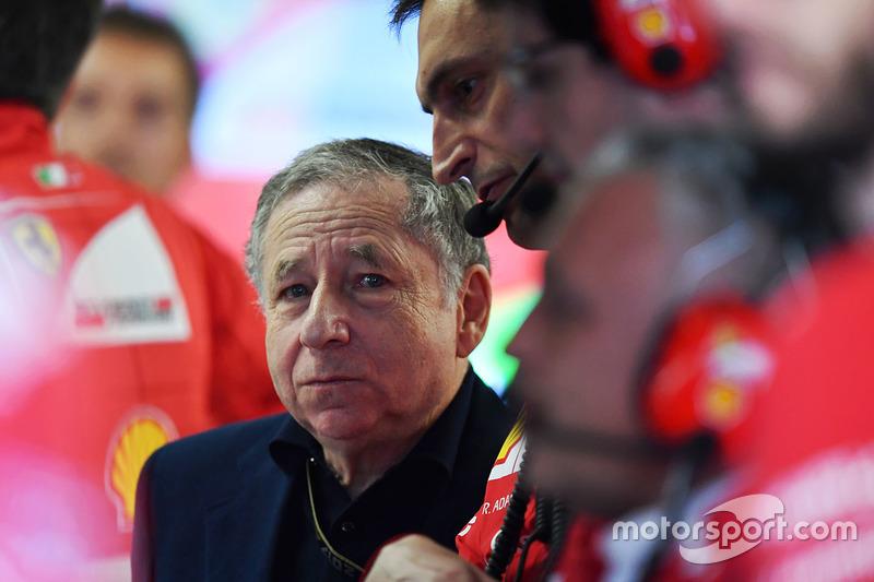 Jean Todt, Presiden FIA, di garasi Ferrari
