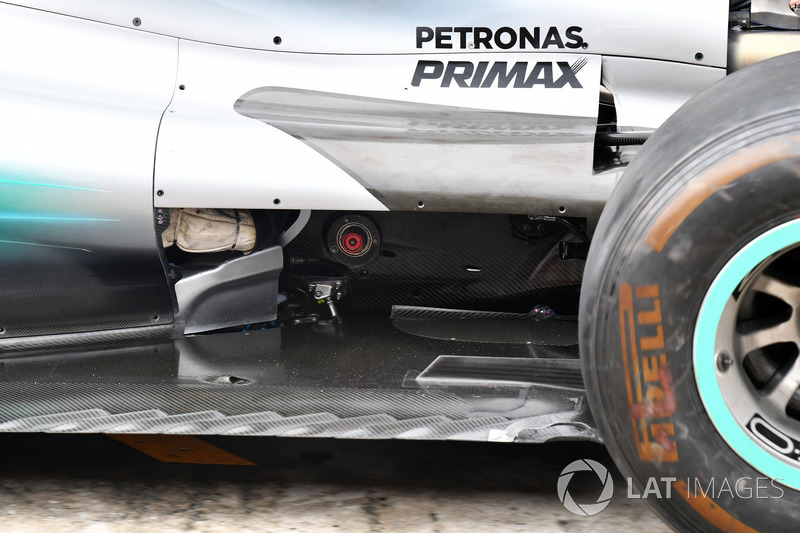 Mercedes-Benz F1 W08 barge board detay