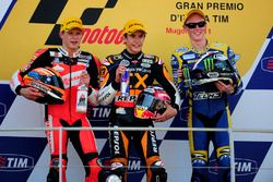 Podyum: 2. Stefan Bradl, 1. Marc Marquez, 3. Bradly Smith