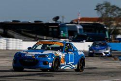 #27 Freedom Autosport Mazda MX-5: Robby Foley, Britt Casey Jr