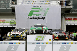 Podium: Race winnaar #29 Audi Sport Team Land-Motorsport, Audi R8 LMS: Christopher Mies, Connor De P