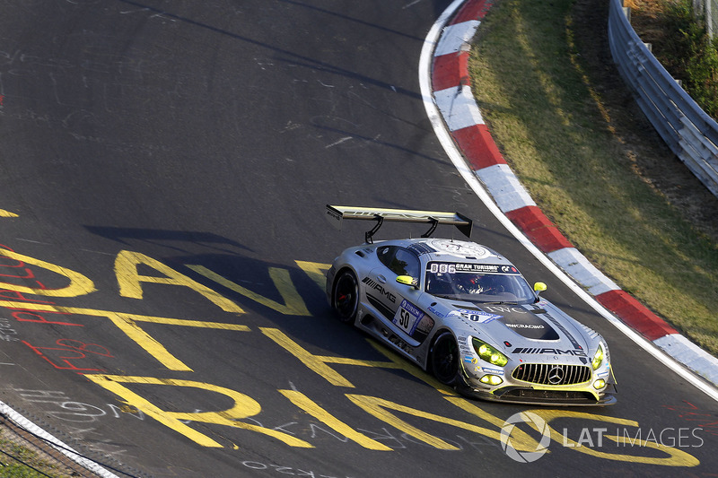 №50 Mercedes – AMG Team HTP Motorsport, Mercedes-AMG GT3: Доминик Бауман, Максимилиан Бук, Эдоардо М