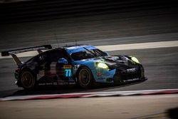 #77 Dempsey Proton Competition Porsche 911 RSR: Richard Lietz, Michael Christensen