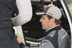 Meccanici a lavoro sulla Skoda Fabia R5, Skoda Motorsport Italia