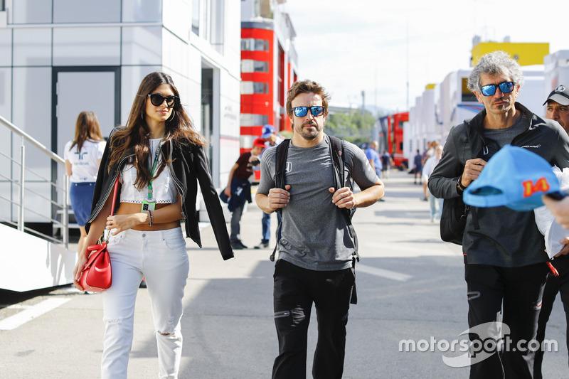 Fernando Alonso, McLaren y su novia, Linda Morselli