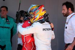Yarış galibi Lewis Hamilton, Mercedes AMG F1, Sebastian Vettel, Ferrari