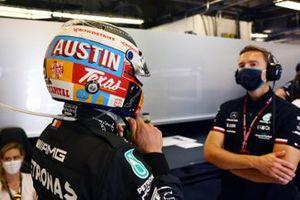 Valtteri Bottas, Mercedes, with a special helmet design