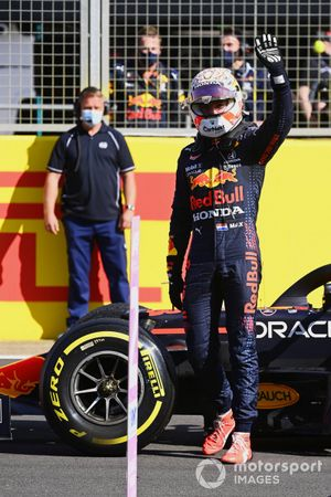 Max Verstappen, Red Bull Racing, 1st position, on the grid after Sprint Qualifying