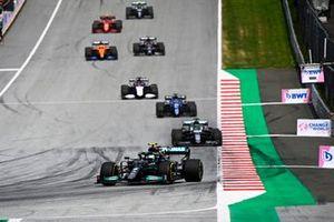 Valtteri Bottas, Mercedes W12, Lance Stroll, Aston Martin AMR21, Fernando Alonso, Alpine A521, and George Russell, Williams FW43B