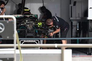 Детали передней части Mercedes W12