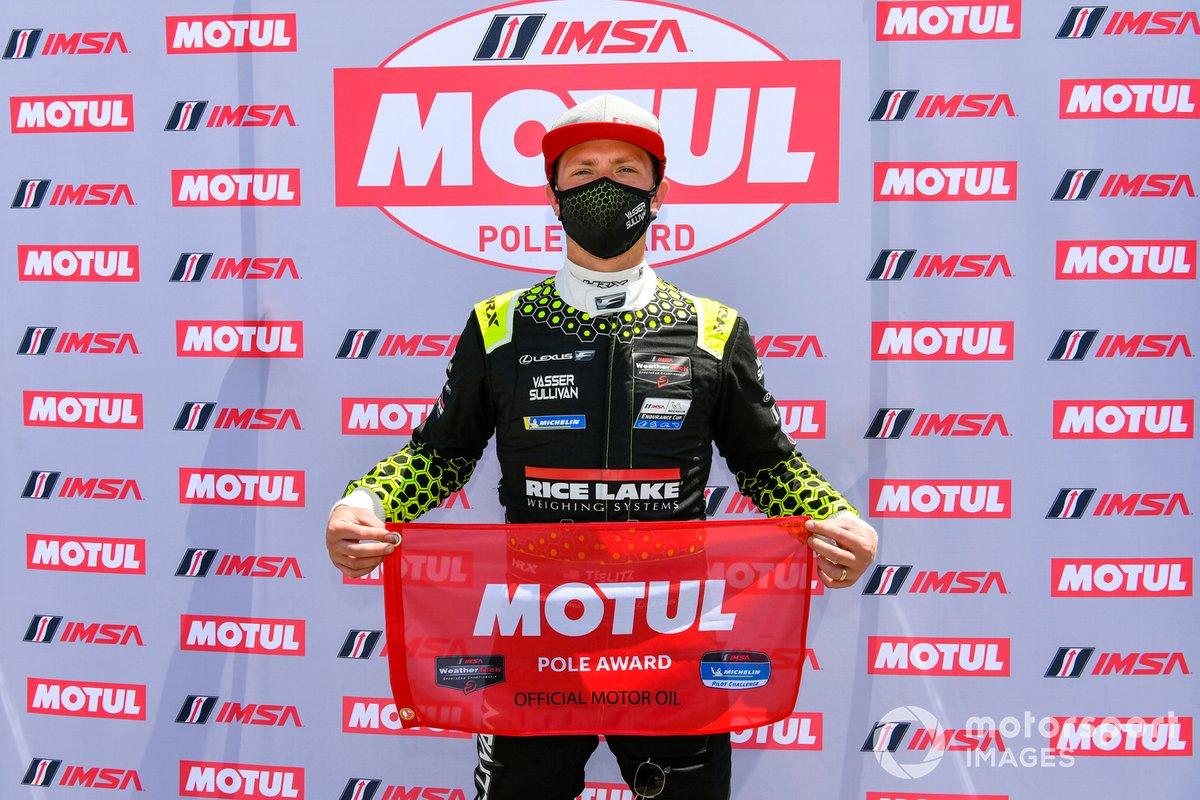 Ganador de la pole #14: VasserSullivan Lexus RC F GT3, GTD: Jack Hawksworth, Aaron Telitz