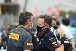 Mario Isola, Racing Manager, Pirelli Motorsport, with Christian Horner, Team Principal, Red Bull Racing