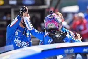 Race winner Kyle Larson, Hendrick Motorsports, Chevrolet Camaro HendrickCars.com