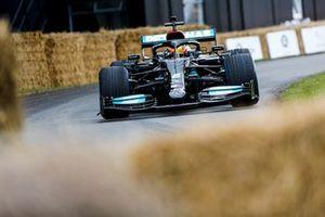 Esteban Gutiérrez, Mercedes-Benz F1 W10 EQ Power +