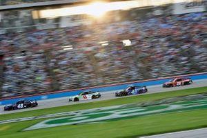 Alex Bowman, Hendrick Motorsports, Chevrolet Camaro and Kevin Harvick, Stewart-Haas Racing, Ford Mustang Busch Light #BuschToTheMoon