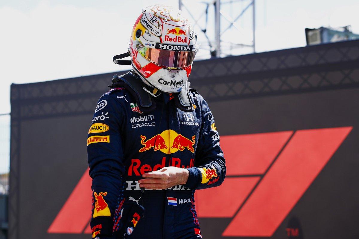 Max Verstappen, Red Bull Racing, al Parc Ferme dopo le Qualifiche