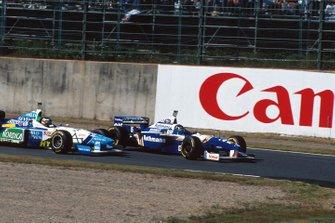 Damon Hill, Williams F18, Gerhard Berger, Benetton B196