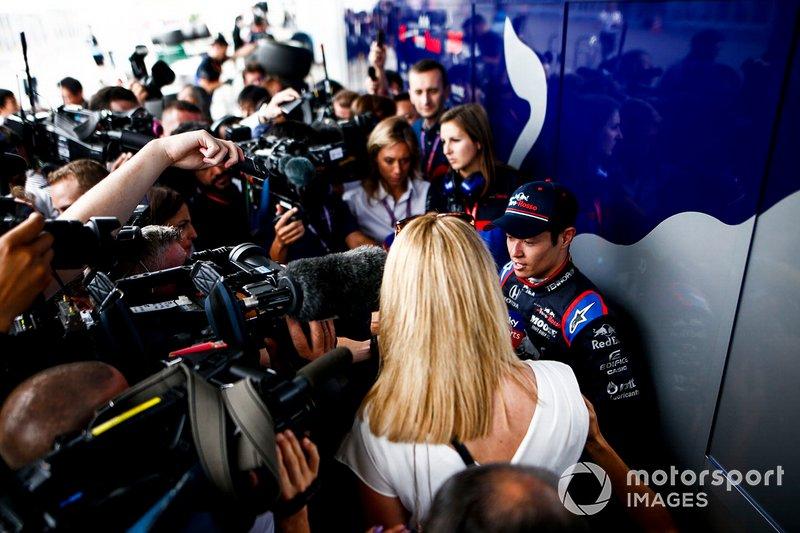 Naoki Yamamoto, Toro Rosso speaks to the media