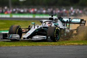 Lewis Hamilton, Mercedes AMG F1 W10, gets on the grass
