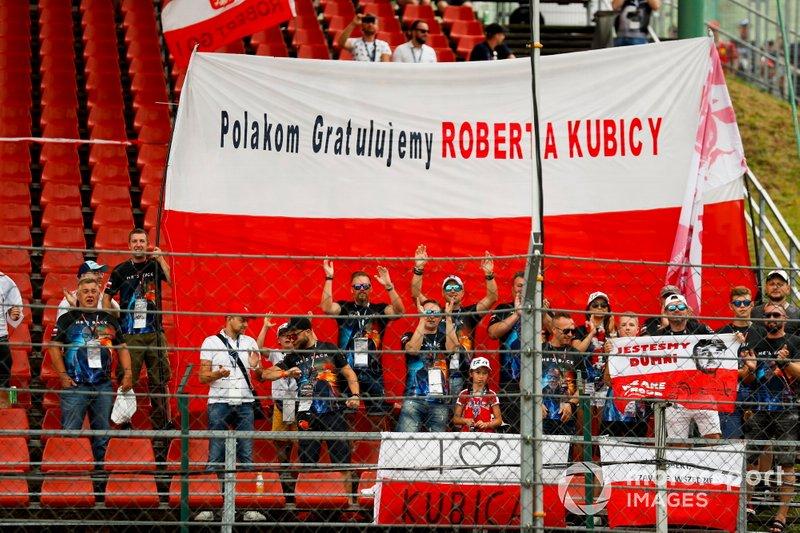 Kibice Roberta Kubicy