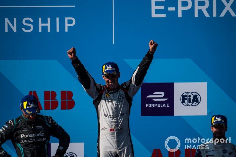 Il vincitore della gara Sébastien Buemi, Nissan e.Dams festeggia sul podio