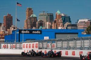 Sébastien Buemi, Nissan e.Dams, Nissan IMO1 Sam Bird, Envision Virgin Racing, Audi e-tron FE05