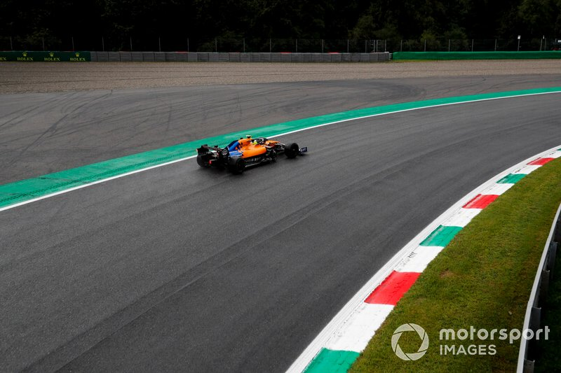 18 - Lando Norris, McLaren MCL34 - 1'21.068